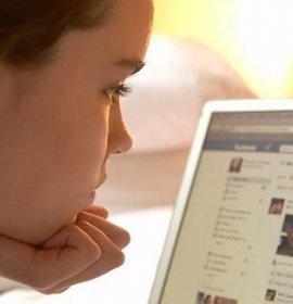 Соцільні мережі: як зробити користування ними безпечним для дитини