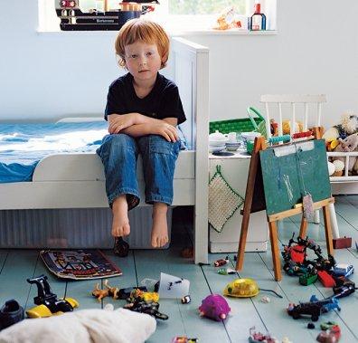 Дитяча кімната із хаосом